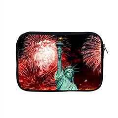 The Statue Of Liberty And 4th Of July Celebration Fireworks Apple MacBook Pro 15  Zipper Case