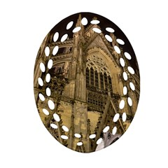 Cologne Church Evening Showplace Oval Filigree Ornament (two Sides)