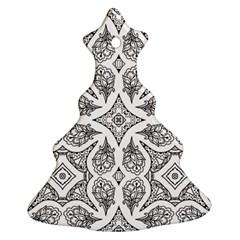 Mandala Line Art Black And White Christmas Tree Ornament (two Sides)