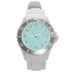 Love Flower Blue Background Texture Round Plastic Sport Watch (l)