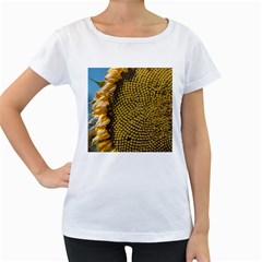 Sunflower Bright Close Up Color Disk Florets Women s Loose Fit T Shirt (white)