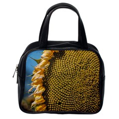 Sunflower Bright Close Up Color Disk Florets Classic Handbags (One Side)