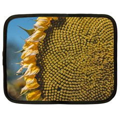 Sunflower Bright Close Up Color Disk Florets Netbook Case (xl)