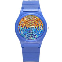 Background Color Game Pattern Round Plastic Sport Watch (s)