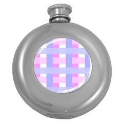 Gingham Checkered Texture Pattern Round Hip Flask (5 oz)