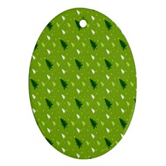 Green Christmas Tree Background Ornament (Oval)