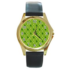 Green Christmas Tree Background Round Gold Metal Watch