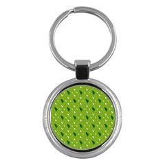 Green Christmas Tree Background Key Chains (Round)
