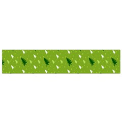 Green Christmas Tree Background Flano Scarf (Small)