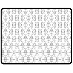 Ornamental Decorative Floral Fleece Blanket (Medium)