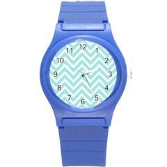 Chevrons Zigzags Pattern Blue Round Plastic Sport Watch (S)