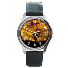 Moon Tree Kahl Silhouette Round Metal Watch
