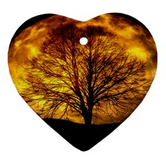 Moon Tree Kahl Silhouette Ornament (Heart)