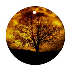 Moon Tree Kahl Silhouette Round Ornament (two Sides)
