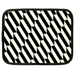 Hide And Seek Malika Netbook Case (XXL)