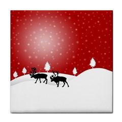 Reindeer In Snow Face Towel