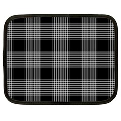 Plaid Checks Background Black Netbook Case (XXL)