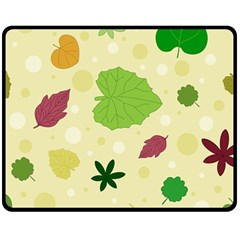 Leaves Pattern Fleece Blanket (Medium)