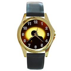 Silhouette Woman Meditation Round Gold Metal Watch
