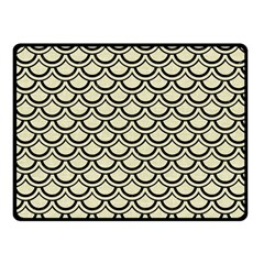 SCA2 BK-MRBL BG-LIN (R) Fleece Blanket (Small)