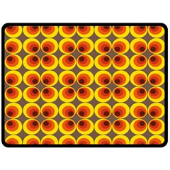 Seventies Hippie Psychedelic Circle Fleece Blanket (Large)