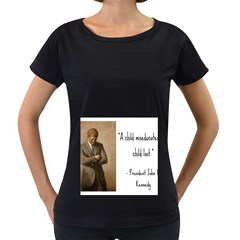 A Child is Miseducated... Women s Loose-Fit T-Shirt (Black)