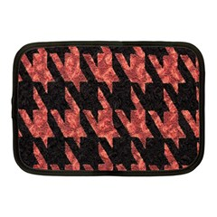 Dogstooth Pattern Closeup Netbook Case (Medium)