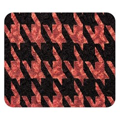 Dogstooth Pattern Closeup Double Sided Flano Blanket (Small)
