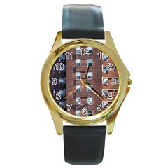 New York Building Windows Manhattan Round Gold Metal Watch