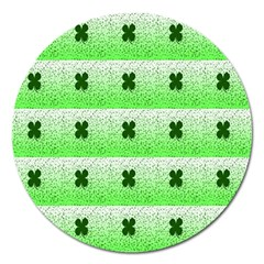 Shamrock Pattern Background Magnet 5  (Round)