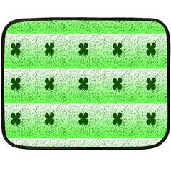 Shamrock Pattern Background Fleece Blanket (Mini)