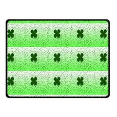 Shamrock Pattern Background Fleece Blanket (Small)