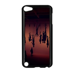 Silhouette Of Circus People Apple iPod Touch 5 Case (Black)