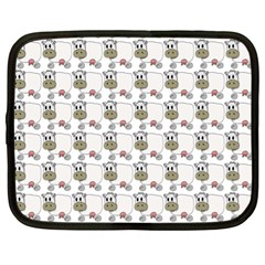 Cow Eating Line Netbook Case (XL)
