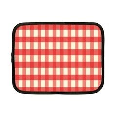 Gingham Red Plaid Netbook Case (Small)