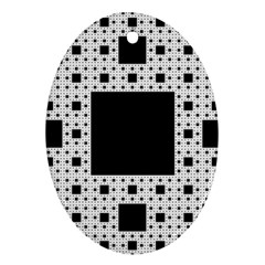 Hole Plaid Ornament (Oval)