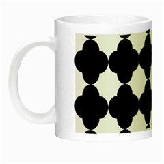 Black Four Petal Flowers Night Luminous Mugs