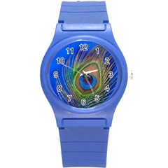 Blue Peacock Feather Round Plastic Sport Watch (S)
