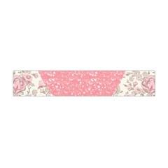 Cute pink heart Flano Scarf (Mini)