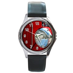 Antique Car Auto Roadster Old Round Metal Watch