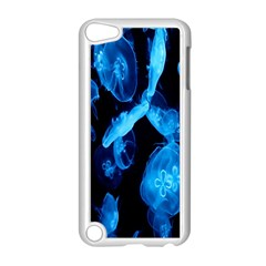 Jellyfish Sea Beack Water Blue Apple iPod Touch 5 Case (White)