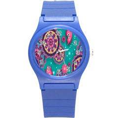Vintage Butterfly Floral Flower Rose Star Purple Pink Green Yellow Animals Fly Round Plastic Sport Watch (S)