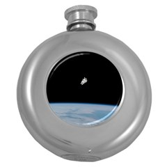 Astronaut Floating Above The Blue Planet Round Hip Flask (5 oz)