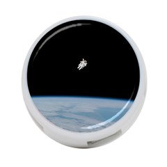 Astronaut Floating Above The Blue Planet 4-Port USB Hub (One Side)