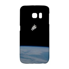 Astronaut Floating Above The Blue Planet Galaxy S6 Edge