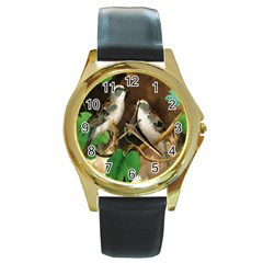 Backdrop Colorful Bird Decoration Round Gold Metal Watch