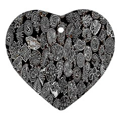 Black And White Art Pattern Historical Heart Ornament (two Sides)