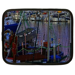 Christmas Boats In Harbor Netbook Case (XXL)
