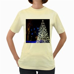 Christmas Card Christmas Atmosphere Women s Yellow T-Shirt