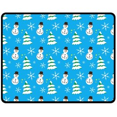 Christmas Pattern Fleece Blanket (Medium)